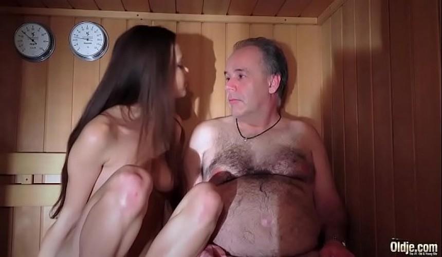 Pannolino lesbica porno